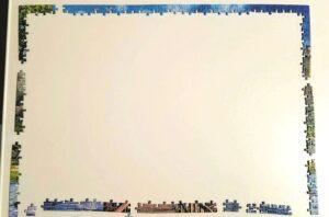 Gibsons Castle Cutaway Jigsaw Puzzle edge