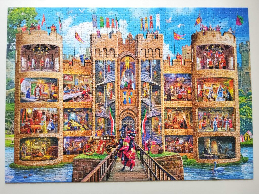 Gibsons Castle Cutaway Jigsaw Puzzle